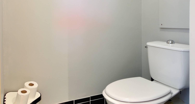 Furnished accommodation: la halle in lyon (125045)