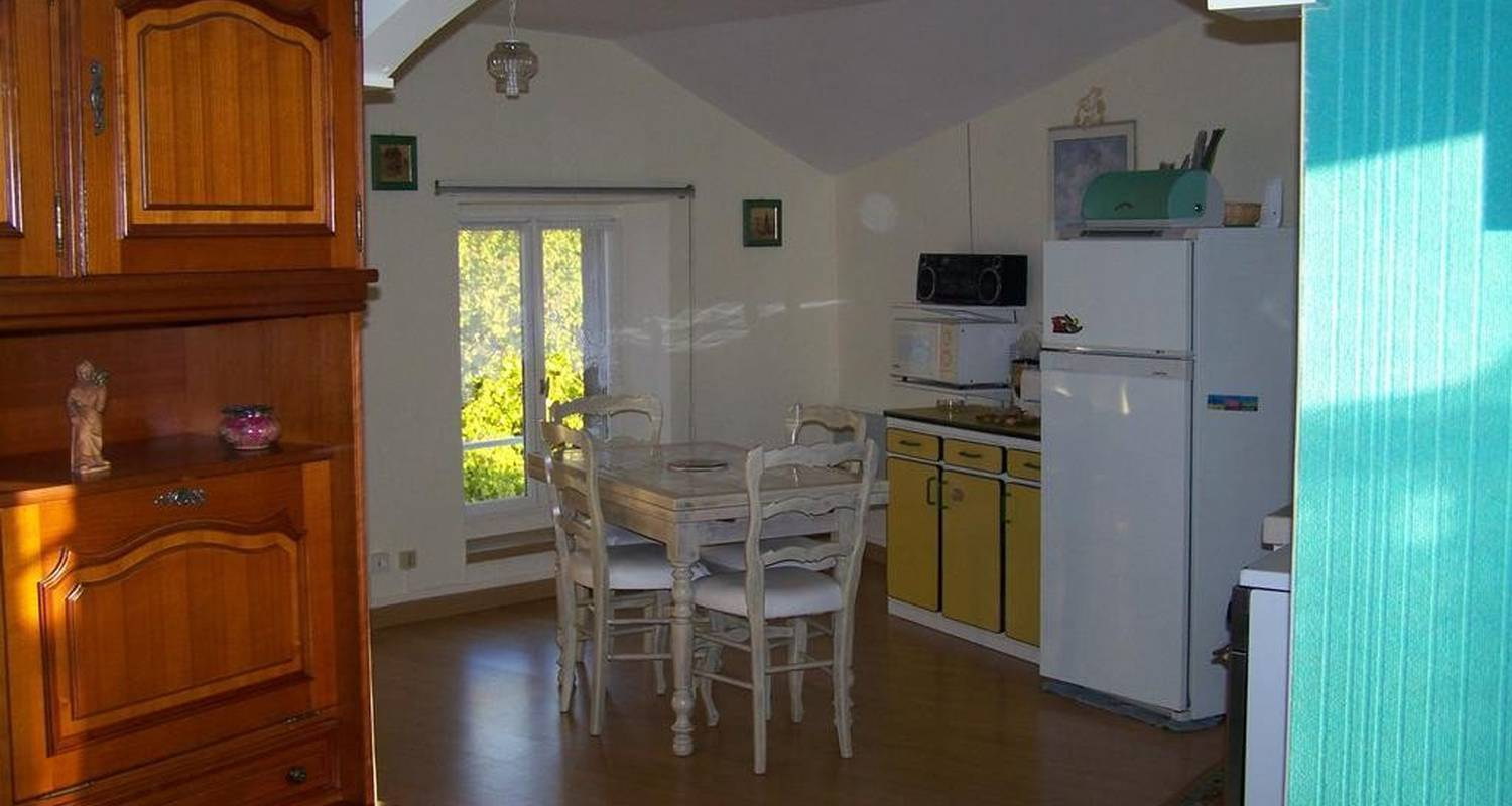 Furnished accommodation: les sables in lamastre (105194)