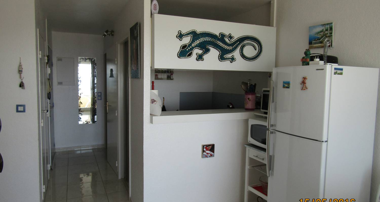 Logement meublé: studio cabine vue mer en front de mer à canet-en-roussillon (124304)