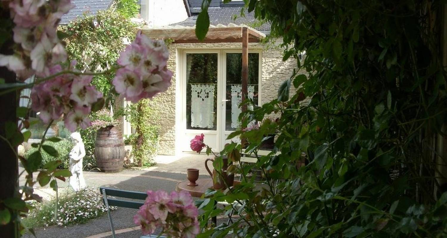 Bed & breakfast: demeure de la vendémière in pont-melvez (105556)