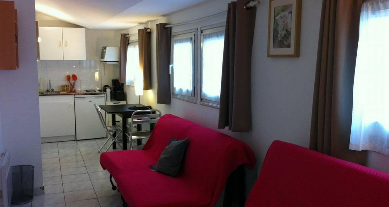 Logement meublé: studio plein centre à marseille 06 (105663)