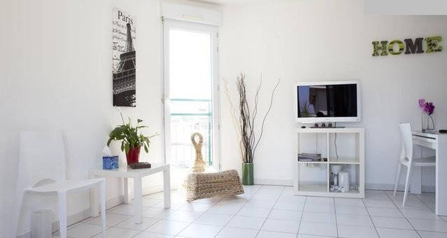 Furnished accommodation: coeur de montpellier in montpellier (105700)
