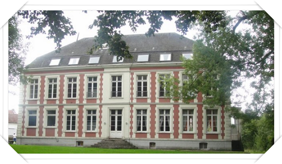 Chateau De Moulin Le Comte