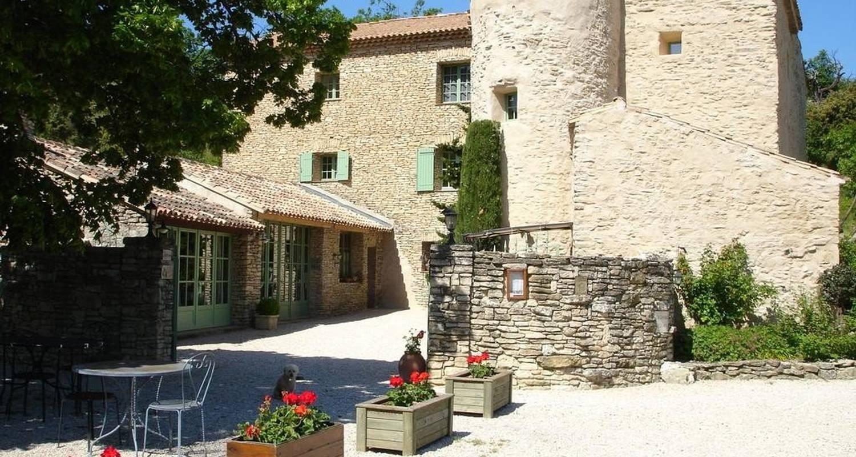 Hotel: domaine de la grange neuve in la roque-sur-pernes (105739)