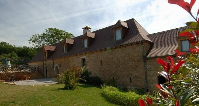 Furnished accommodation: maisons de caractères in la chapelle-aubareil (105888)