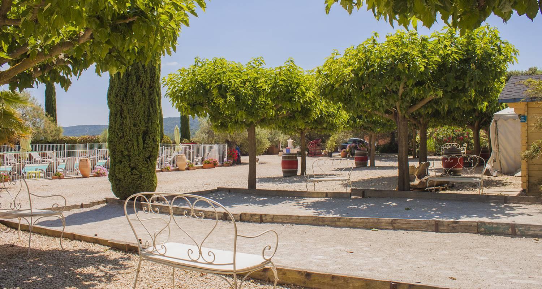 Gîte de groupe: le mas des sagnes hébergement et accueil de groupe 48 couchages à collias (106131)
