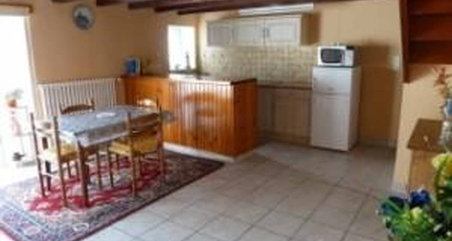 Furnished accommodation: le p'tit hortensia in pleyben (106287)