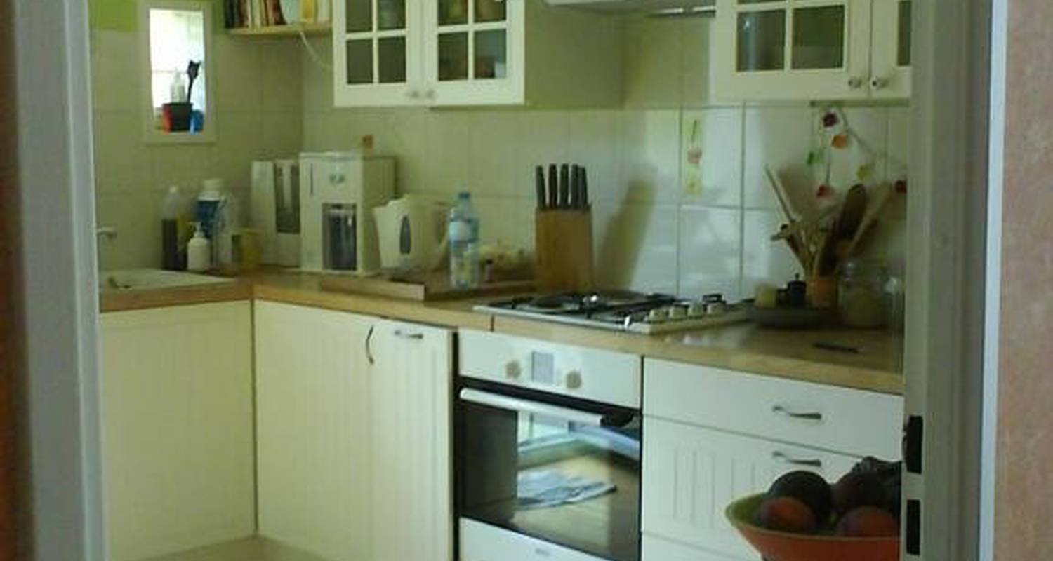 Bed & breakfast: maison in bouvesse-quirieu (106312)