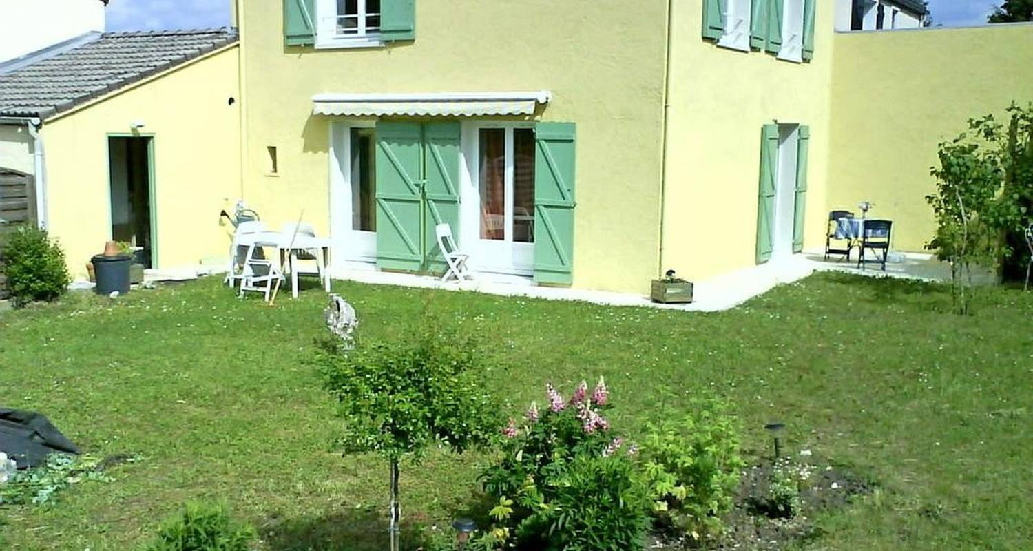 Bed & breakfast: maison in bouvesse-quirieu (106314)