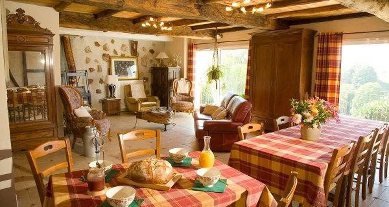 Bed & breakfast: la ferme de lèdre in aigues-juntes (106407)