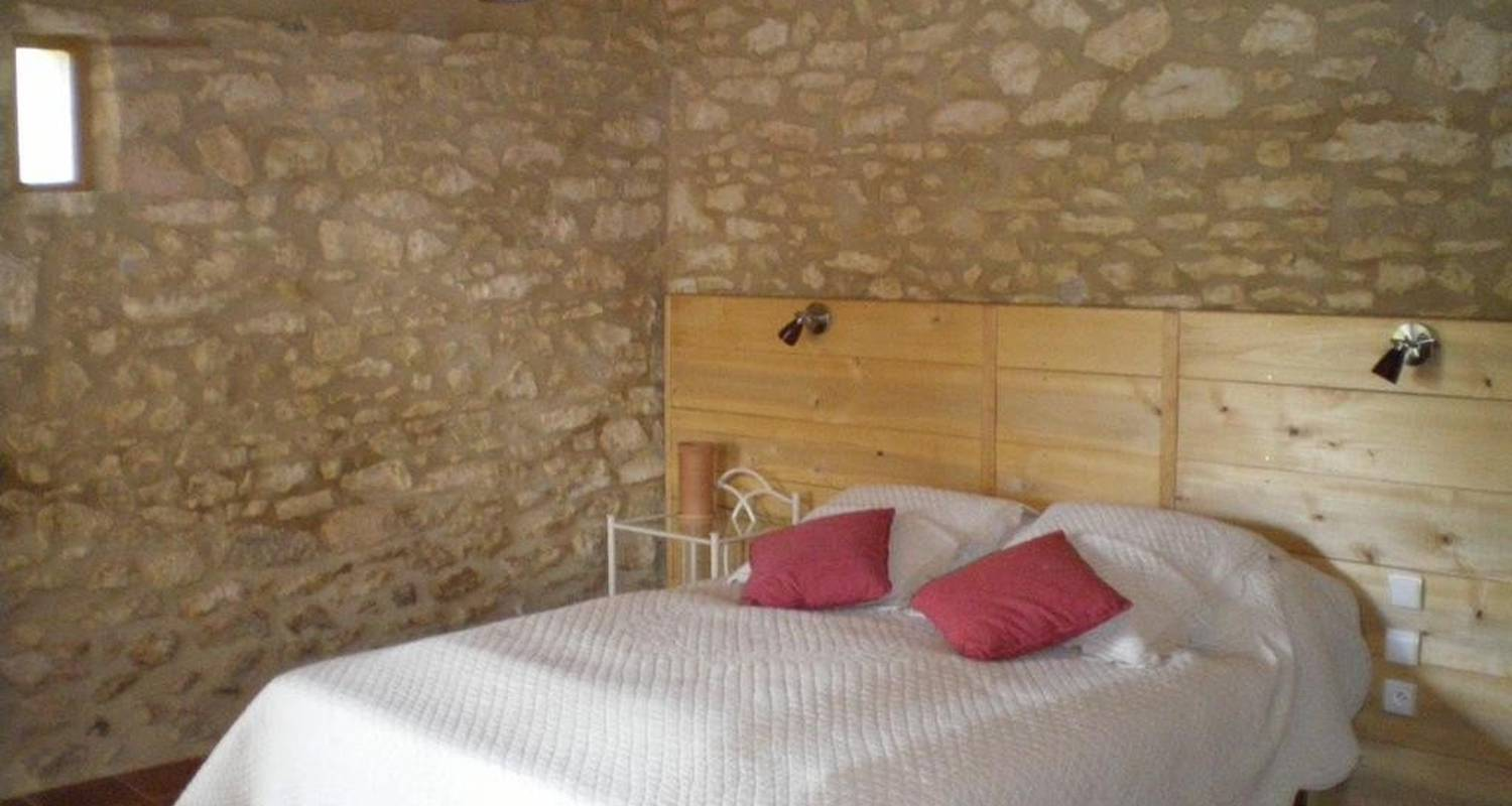 Bed & breakfast: a la belle etoile in lacapelle-biron (106553)