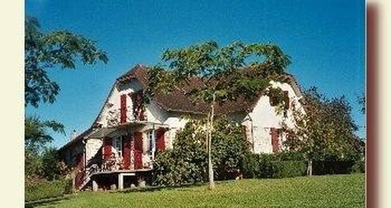 Habitación de huéspedes: la grange vieille b&b en beyssac (106835)