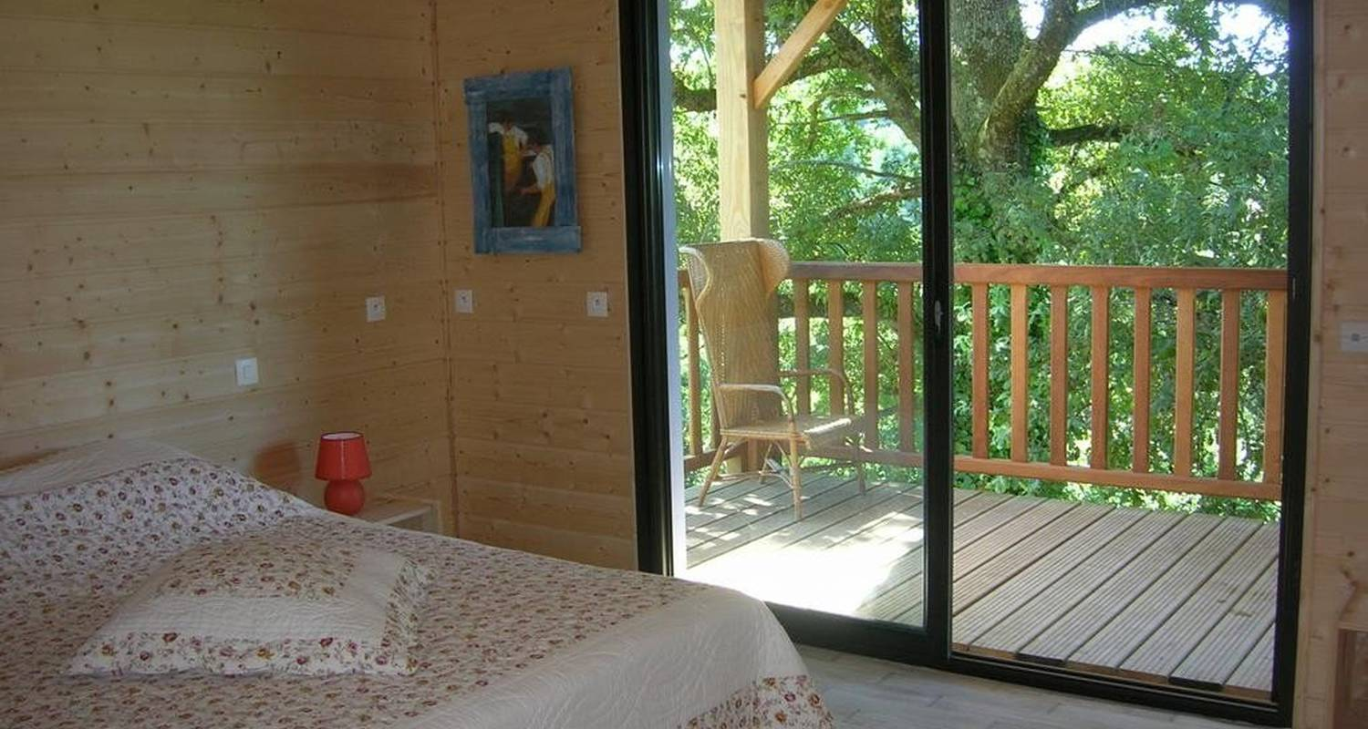 Bed & breakfast: l'ombre des chênes in chamboulive (107090)
