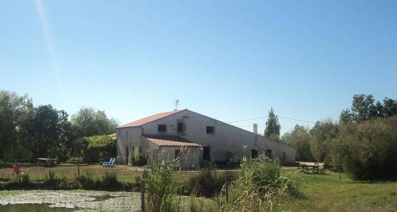 Habitación de huéspedes: la cabane des frênes en yves (107209)