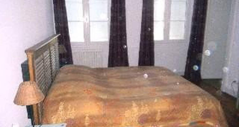 Bed & breakfast: h.de surgères in surgères (107247)