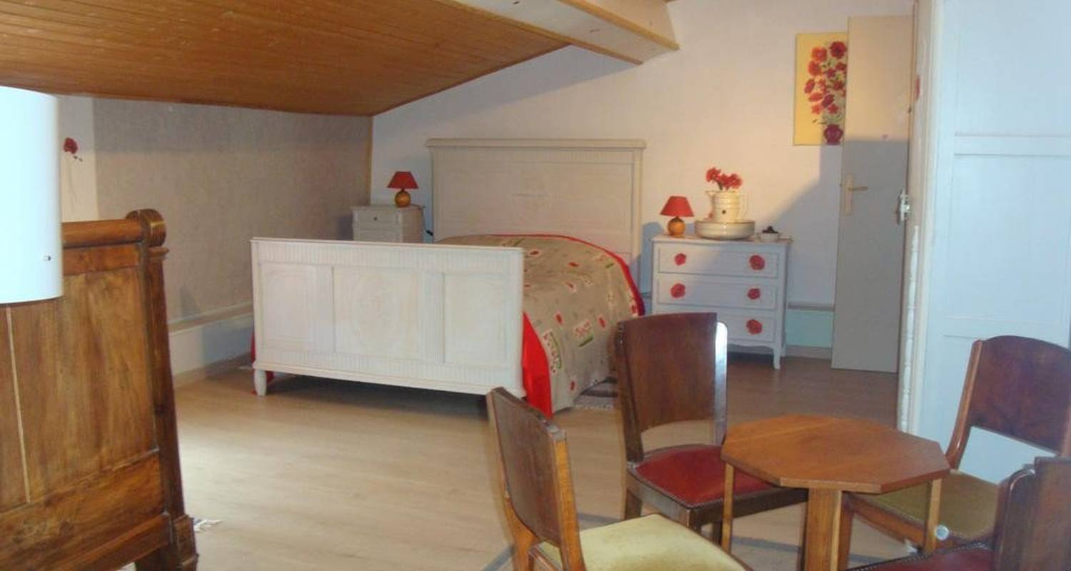 Bed & breakfast: la coulée douce in marans (107277)