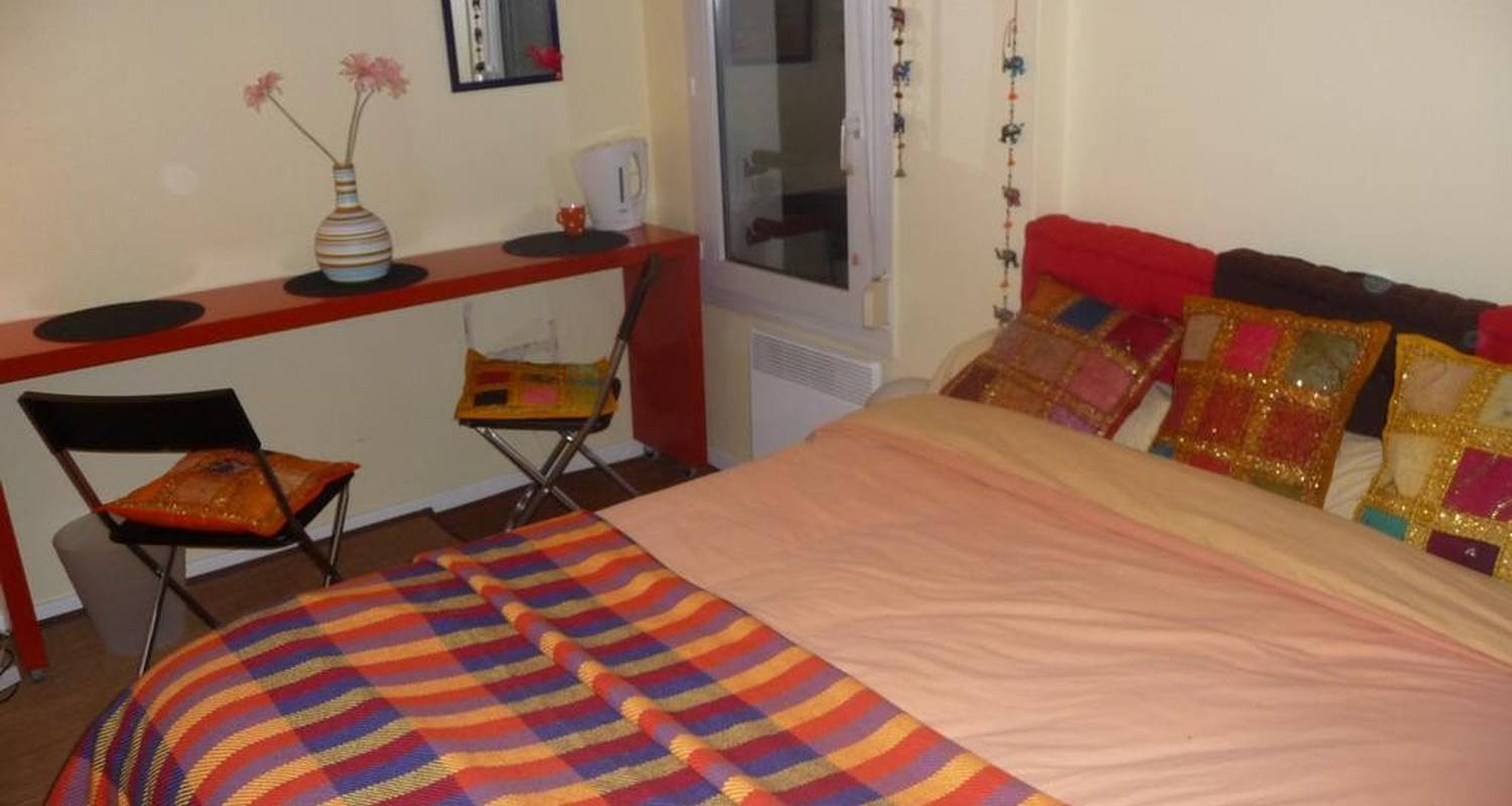 Bed & breakfast: chambre in lille (107345)