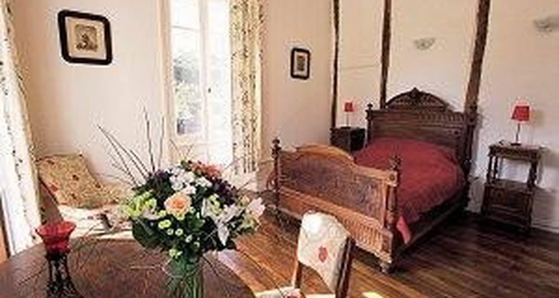 Chambre d'hôtes: les tapies à agen-d'aveyron (107350)