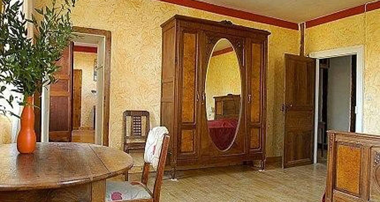 Chambre d'hôtes: les tapies à agen-d'aveyron (107351)