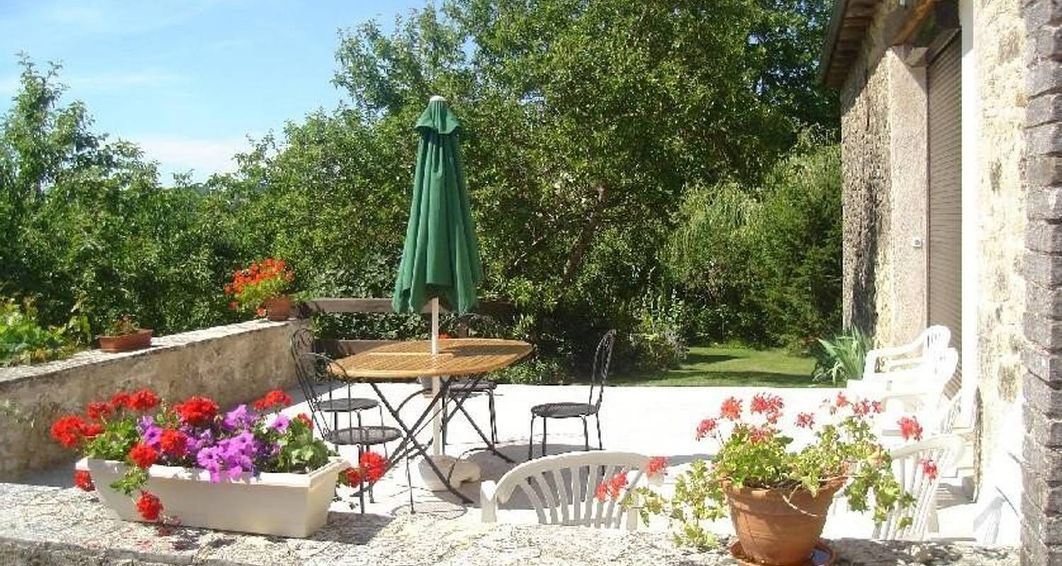 Bed & breakfast: au soleil couchant in anglars-saint-félix (107357)