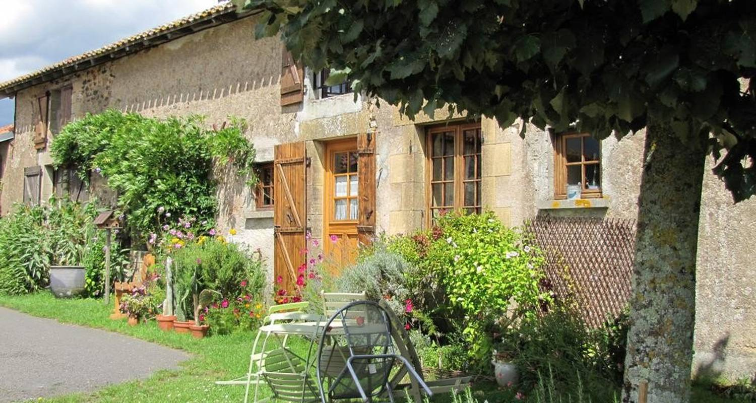 Bed & breakfast: les ecots in availles-limouzine (107445)