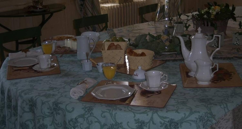 Bed & breakfast: demeure les montys in haute-goulaine (107817)