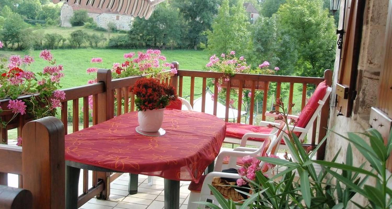 Bed & breakfast: le bacquet in saint-julien-maumont (107859)