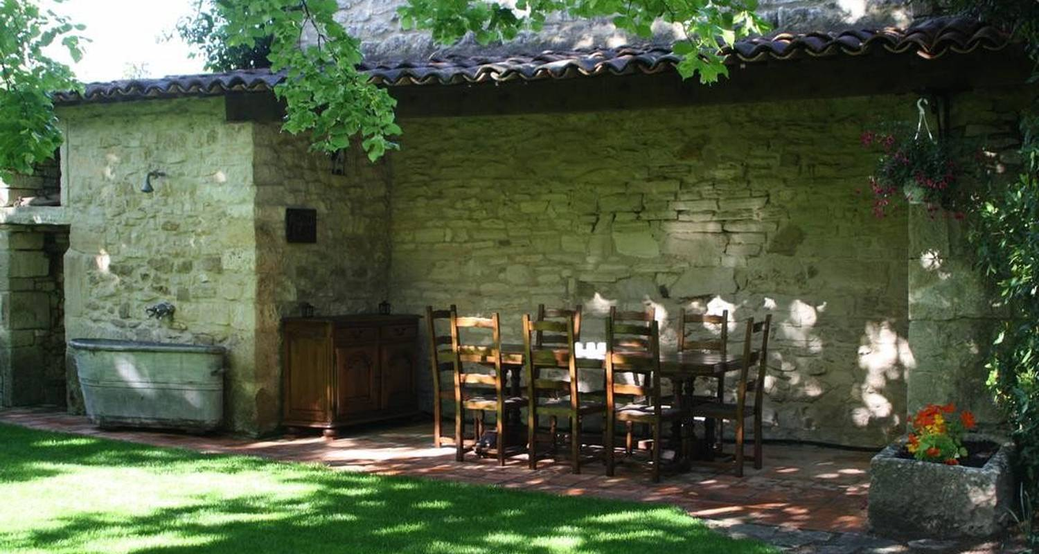 Bed & breakfast: histoire d'hotes in barjac (107884)