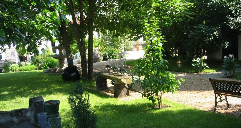 Chambre d'hôtes: maison d'hôtes les trèfles à saint-ignat (108161)