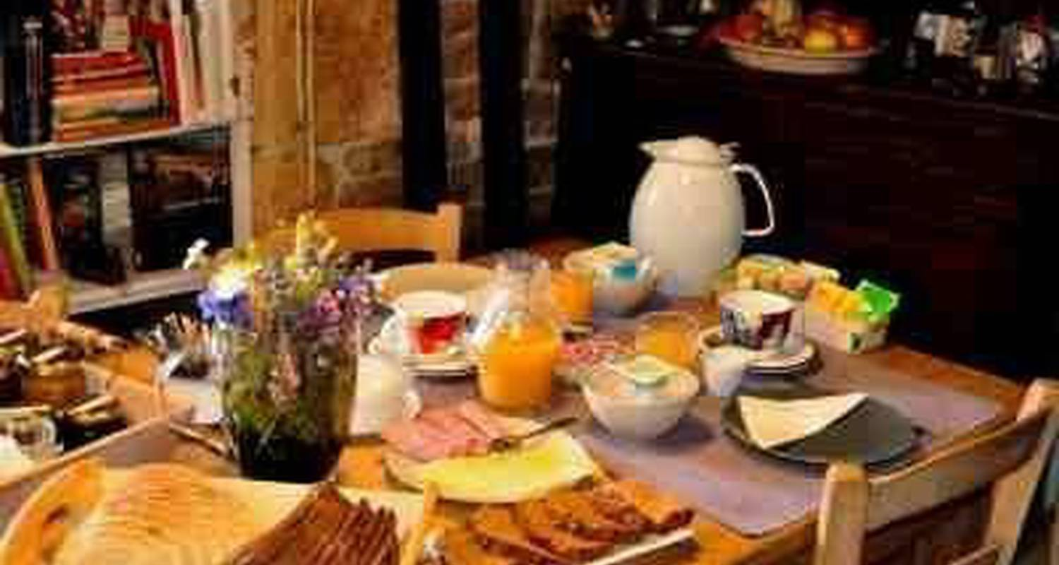 Bed & breakfast: l'ange gardien in hures-la-parade (108203)