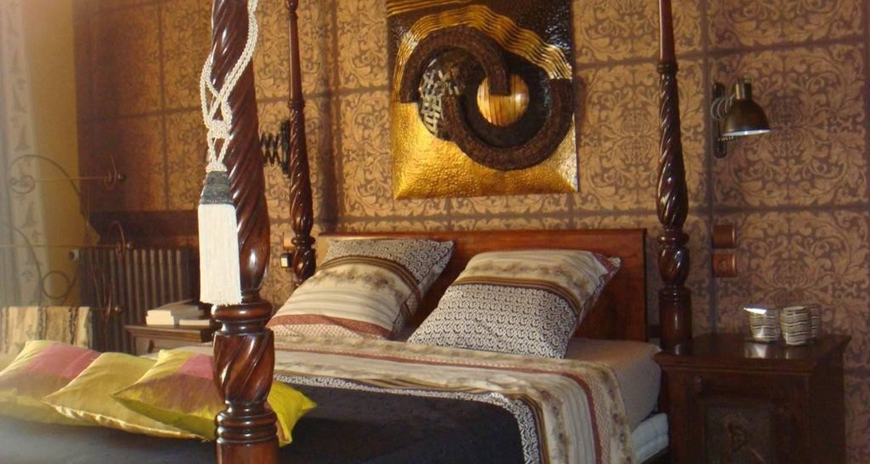 Bed & breakfast:  a la table de chanelle in chênehutte-trèves-cunault (108375)