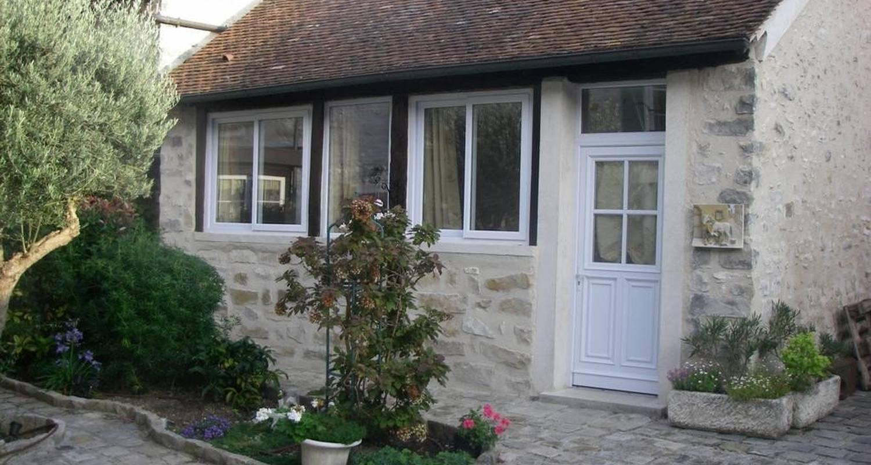 Bed & breakfast: maisonnette de charme in villiers-sous-grez (108411)