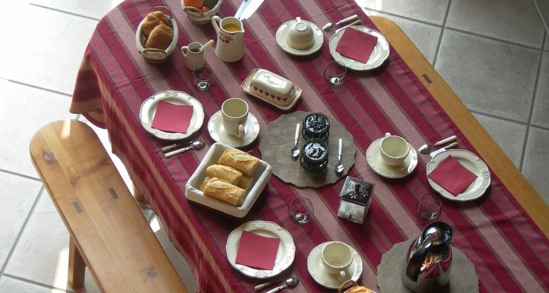 Bed & breakfast: les fermes du château in saint-maurice-de-lignon (108586)