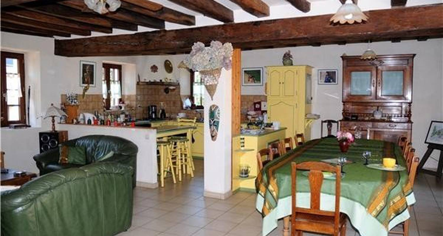 "Bed & breakfast: ""la béchalière"" in saint-sylvain-d'anjou (108633)"