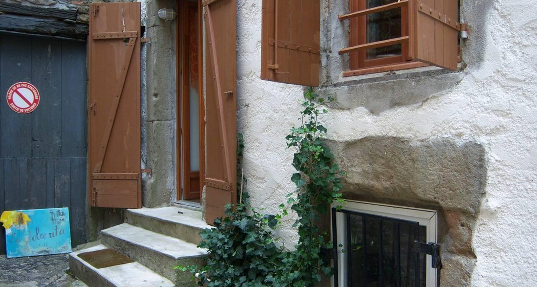 Furnished accommodation: tatami gite-la dolce vita in azille (108699)