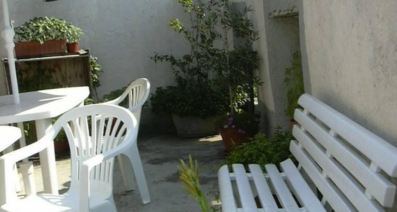 Furnished accommodation: tatami gite-la dolce vita in azille (108702)