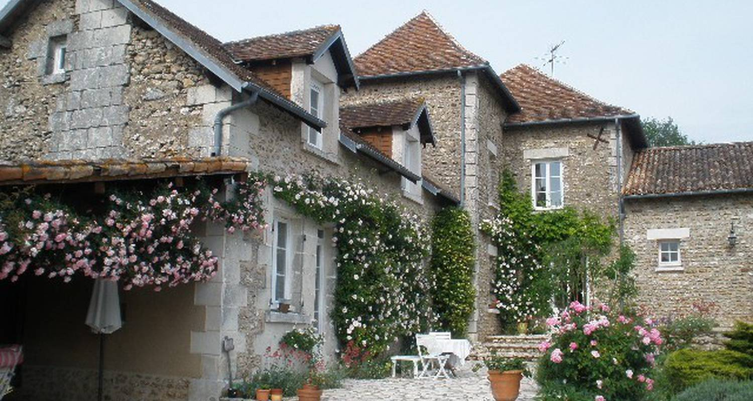 Bed & breakfast: la pocterie in vouneuil-sur-vienne (108917)