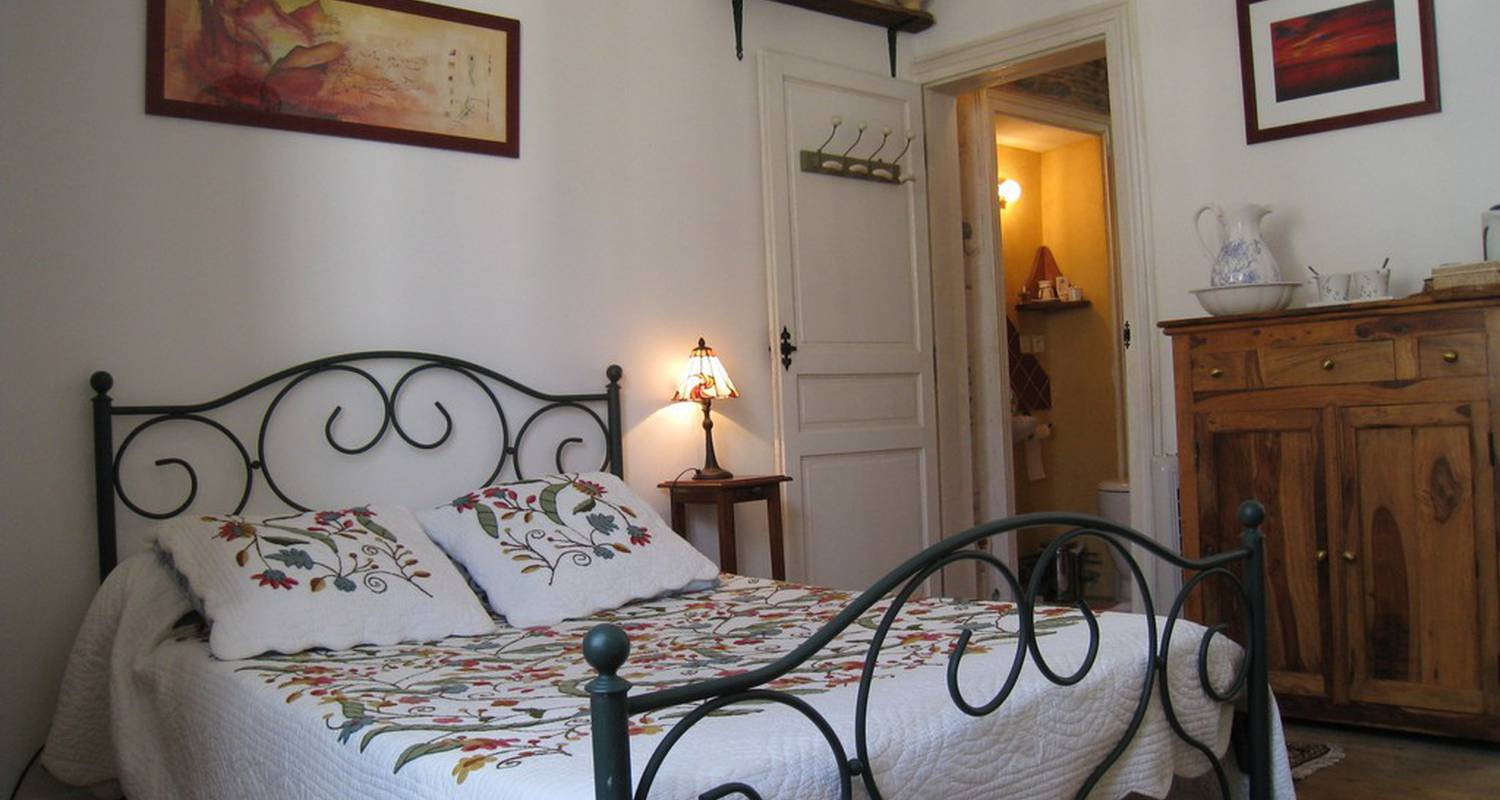 Bed & breakfast: le petit quernon in angers (109135)