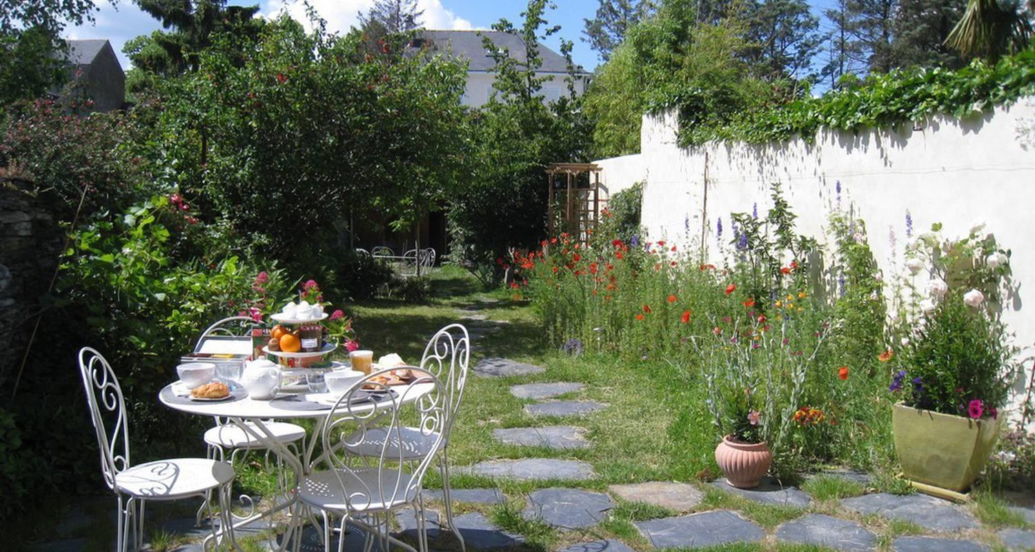 Bed & breakfast: le petit quernon in angers (109137)
