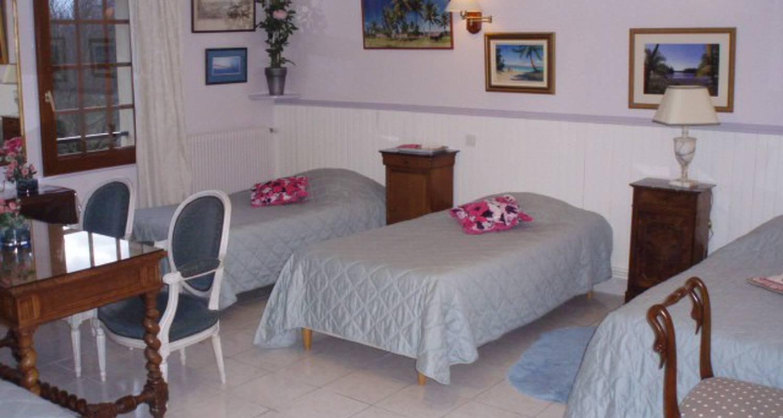 Chambre d'hôtes: chambres d'hotes lambert à saint-jean-du-cardonnay (109591)