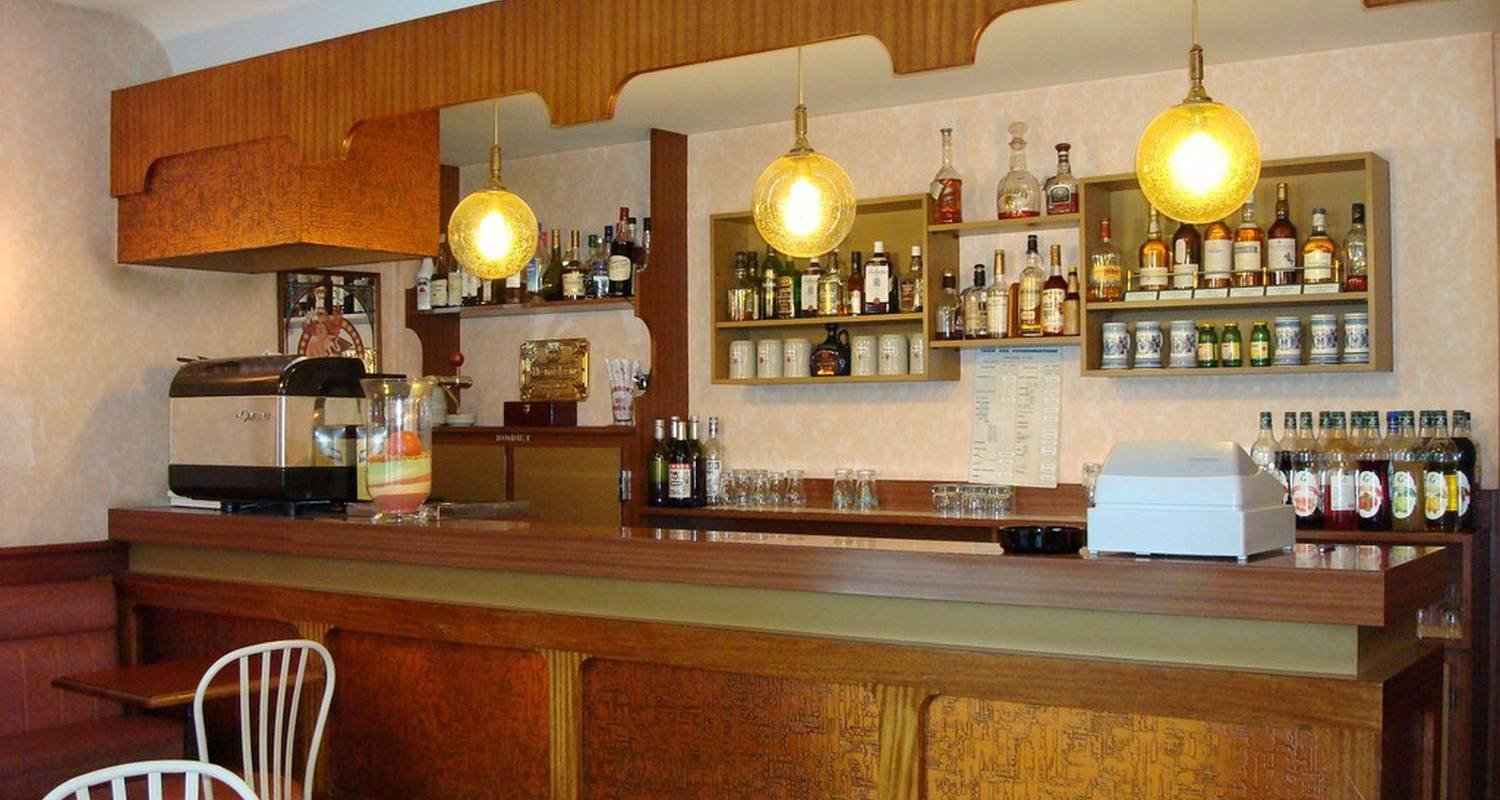 Hotel: hotel le royal in tulle (109628)