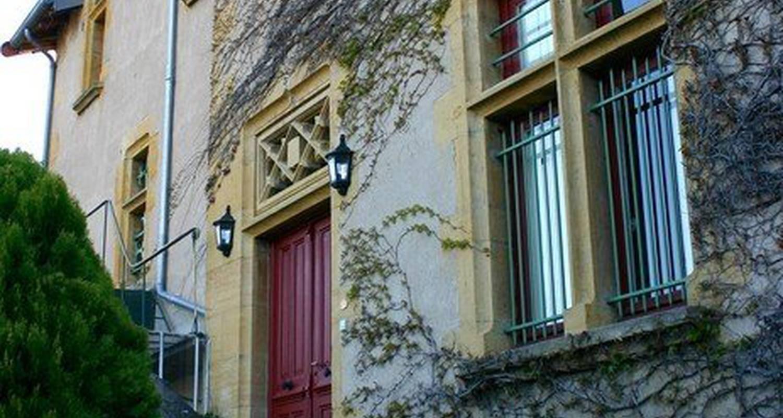 Bed & breakfast: les meneaux in saint-germain-lespinasse (110003)