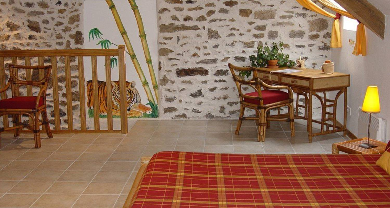 Chambre d'hôtes: clos saint cadreuc à ploubalay (110051)