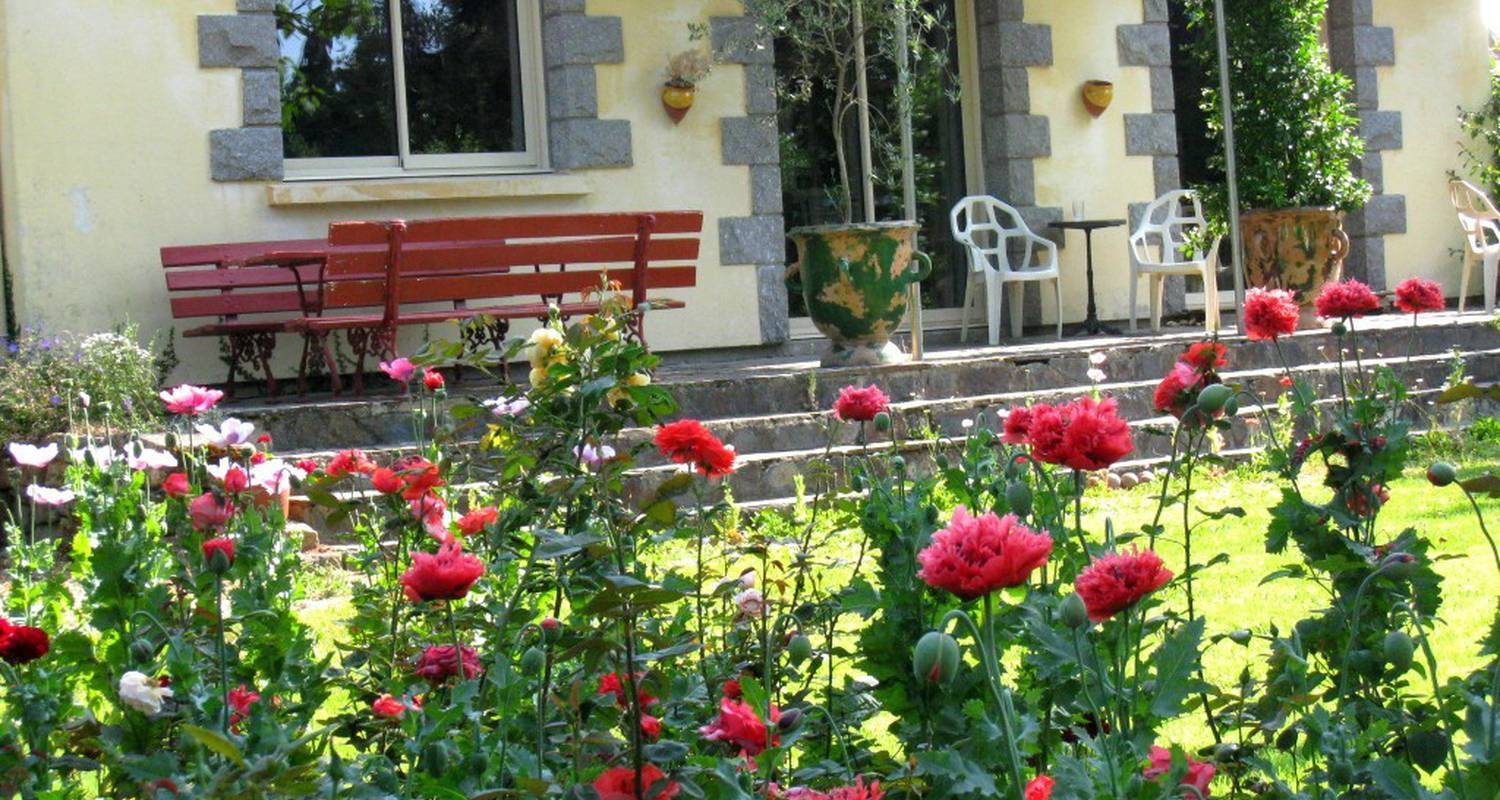 Bed & breakfast: henrio micheline in saint-aignan (110083)