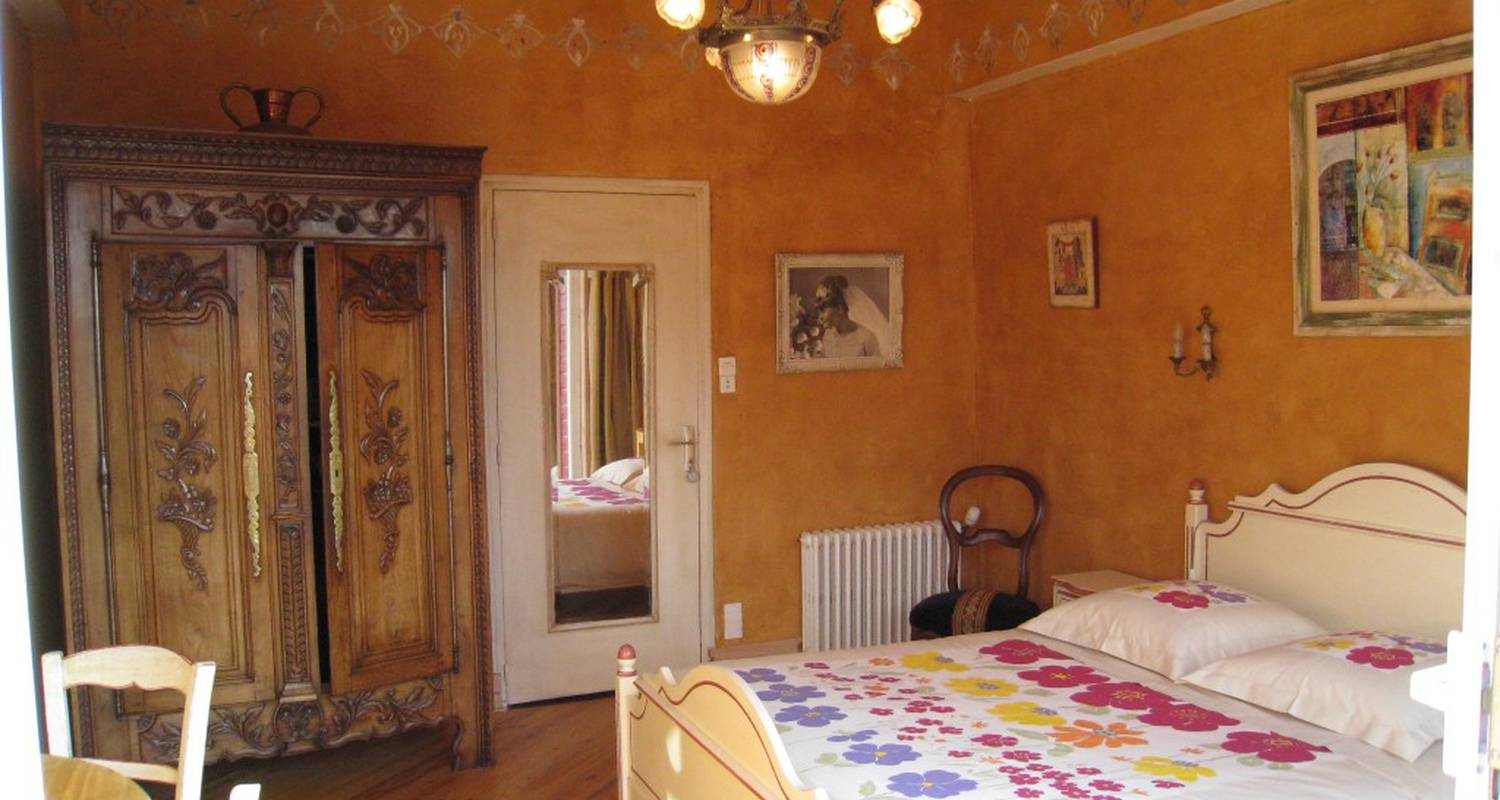 Bed & breakfast: henrio micheline in saint-aignan (110086)