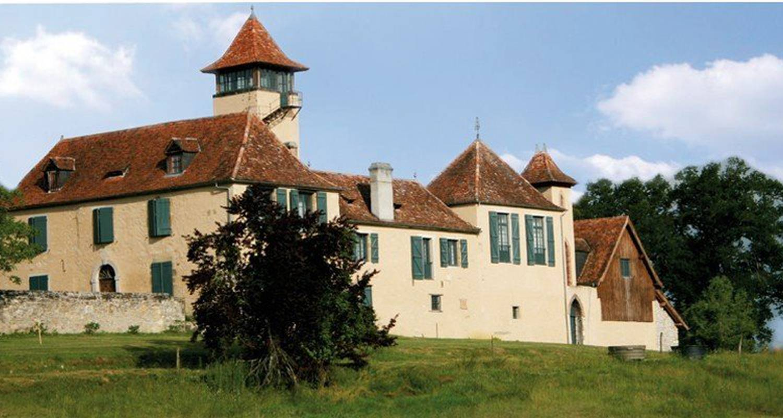 Bed & breakfast: château de baylac in bugnein (110181)