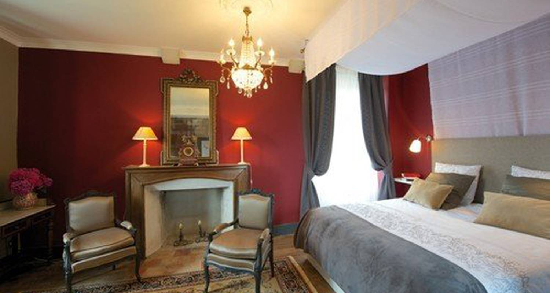 Bed & breakfast: château de baylac in bugnein (110184)
