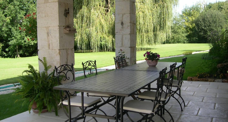 Bed & breakfast: au moulin brun in saint-hilaire-de-villefranche (110281)
