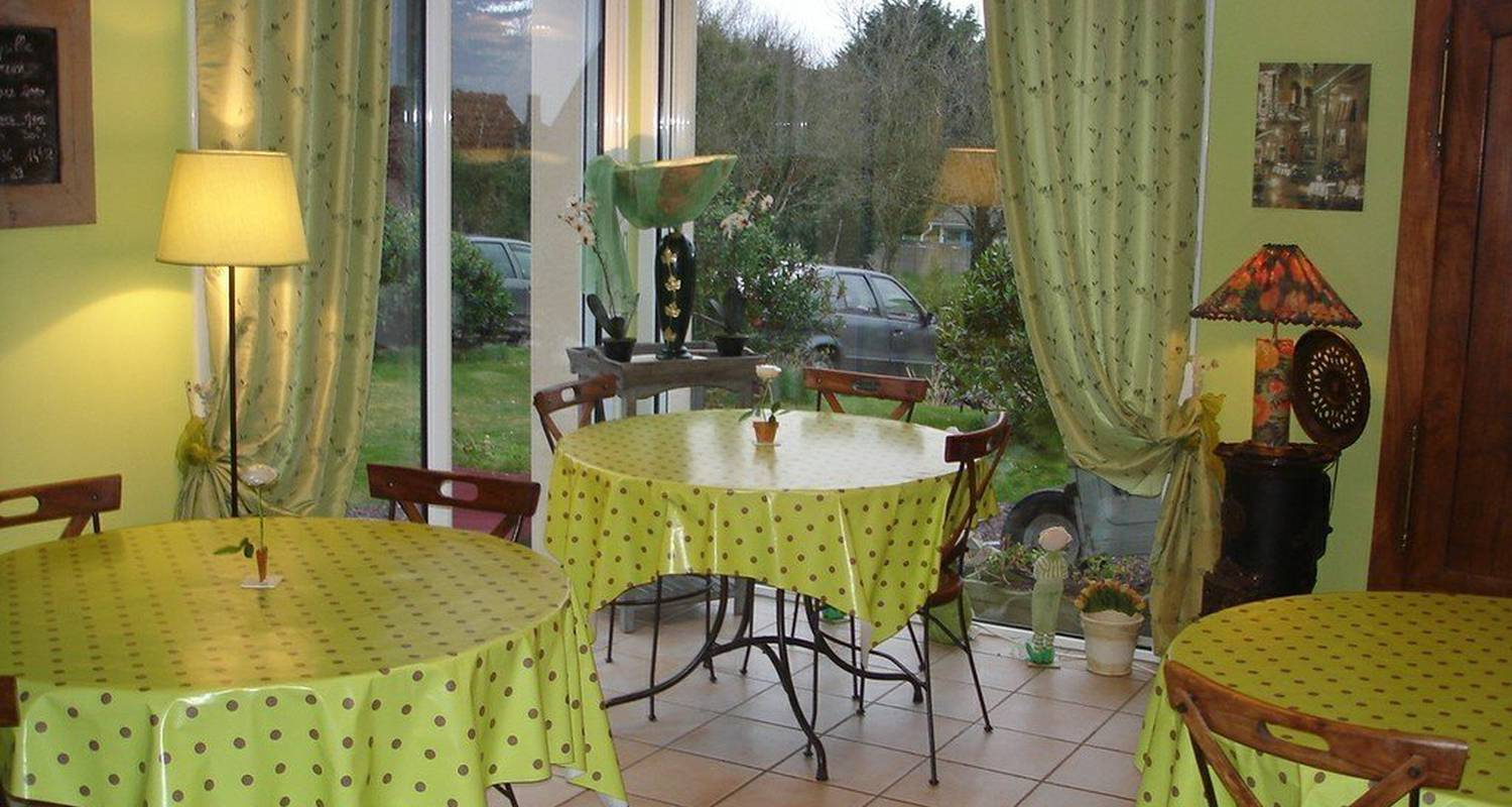 "Bed & breakfast: ""la villa des hortensias"" in paimpol (110664)"