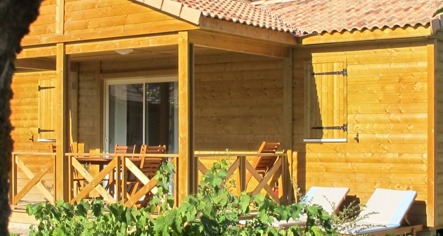 Camping pitches: domaine d'anglas in brissac (110938)
